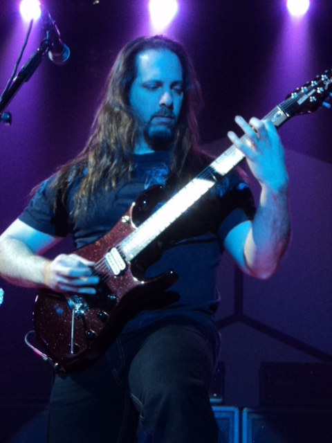images/live-pic/2012_11/DreamTheater2.JPG