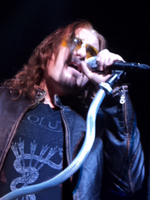 images/live-pic/2012_11/DreamTheater3.JPG