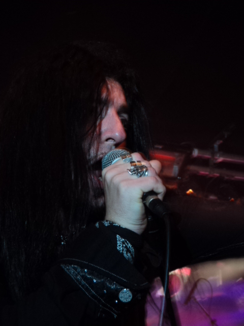images/live-pic/Firewind.JPG